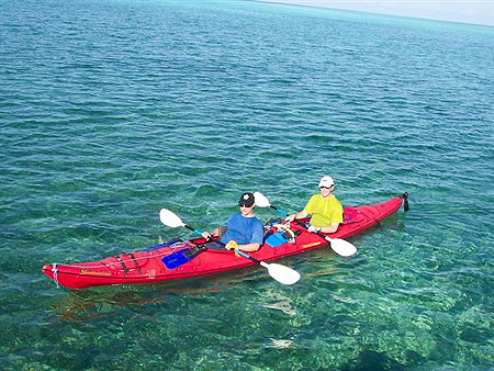 isla_kayakers