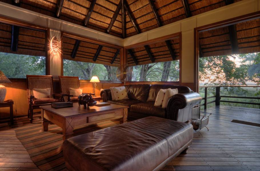Camp Moremi Lodge